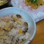 アサリの炊き込みご飯(味の蔵)